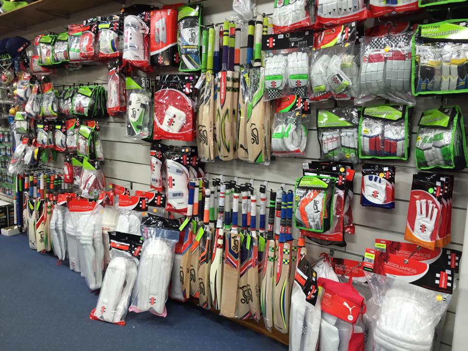 Quinns Sportspower Cricket Gear